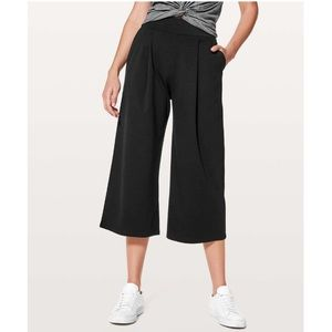 Lululemon Can You Feel The Pleat Crop Pant Black